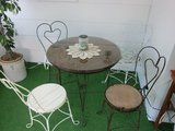 Vintage Ice Cream Table and 4 Chairs in Batavia, Illinois